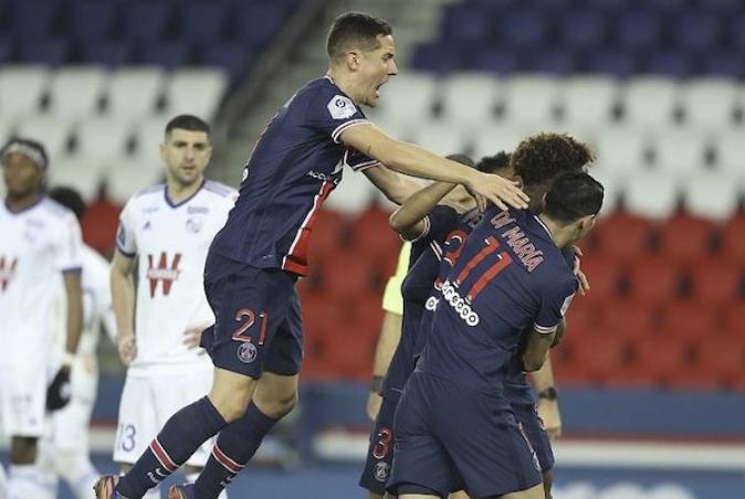 姆巴佩破门盖耶世界波 巴黎4-0大胜斯特拉斯堡